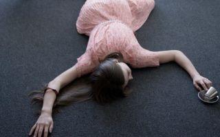 От чего падают в обморок – причины внезапной потери сознания