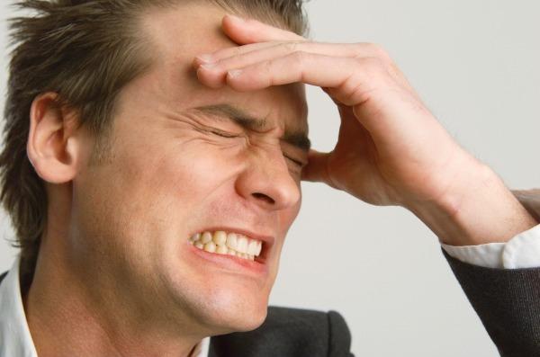 Что делать если сильно болит голова: причины, лечение, профилактика